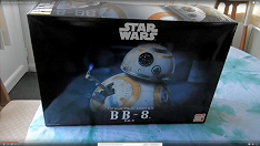 Bandai 1/2 scale BB-8 unboxing